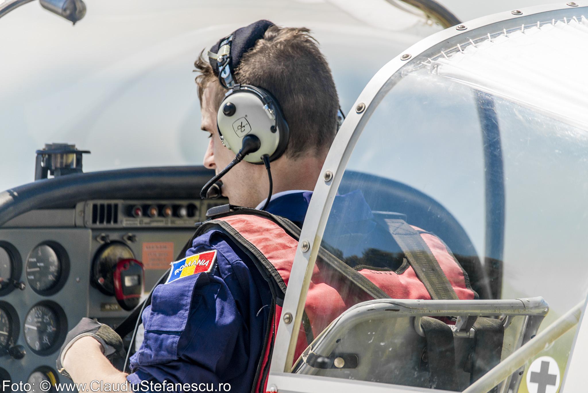 Pilot carlingă bord
